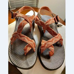 Chaco Yampa Z2Toe Loop Sandals 8